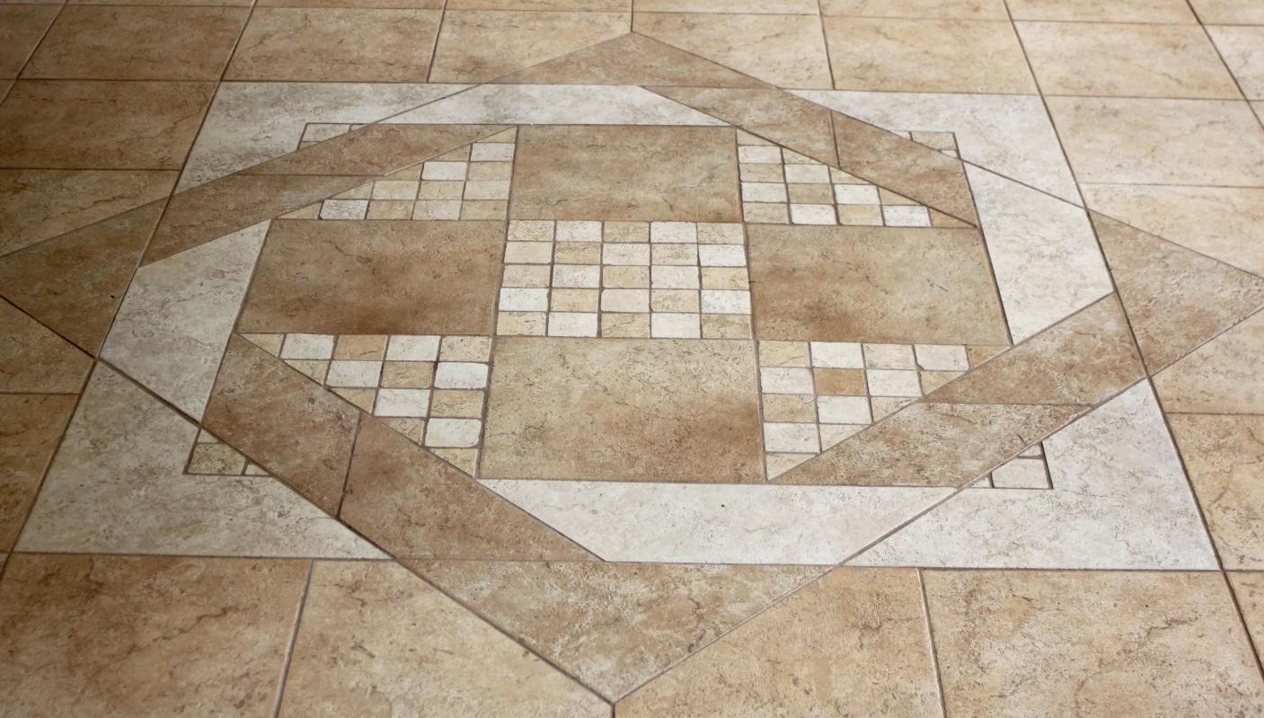 Монтаж плитки модульный или ковром