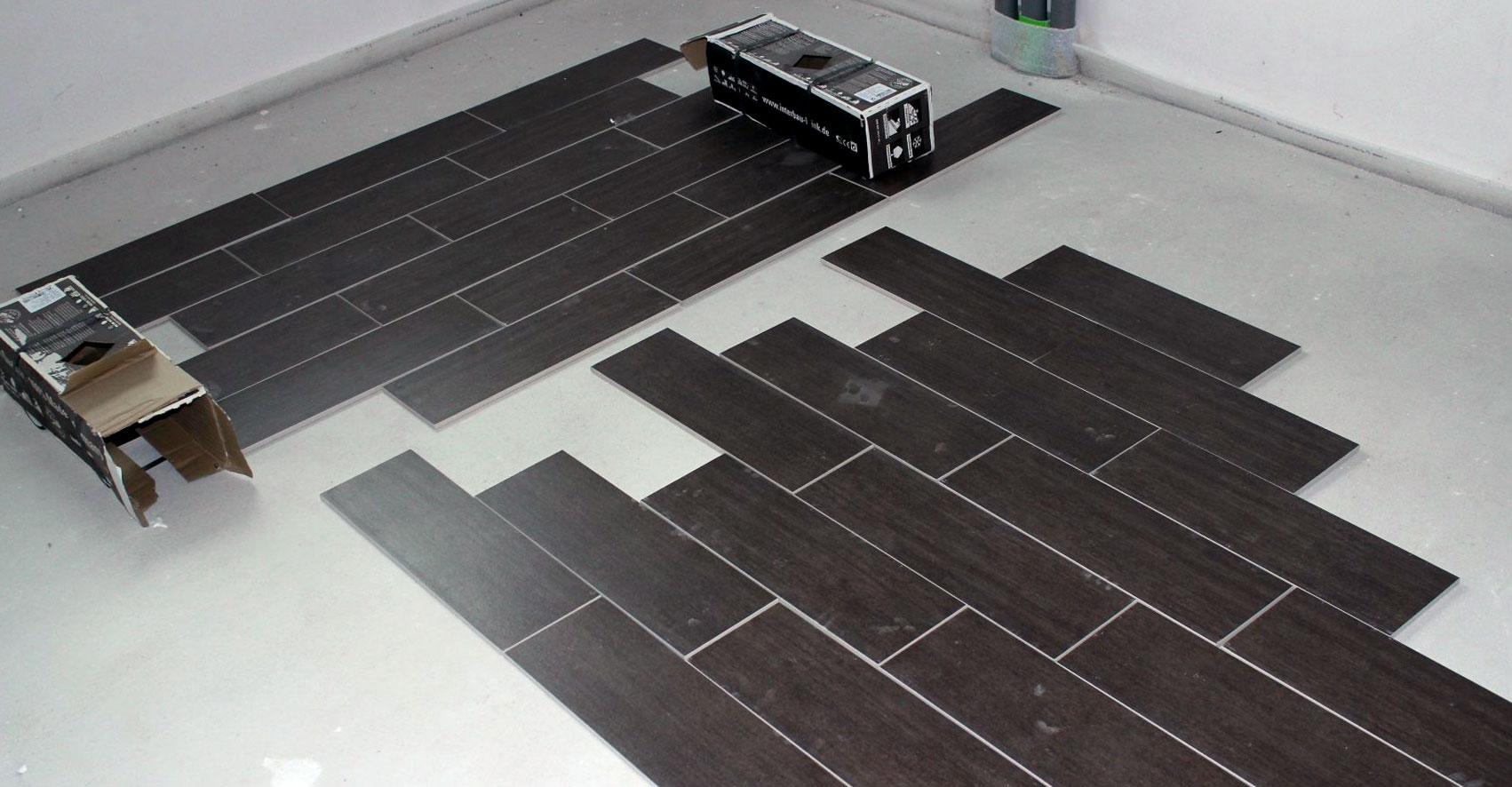 Укладка плитки на пол ванной раскладка шахматный порядок